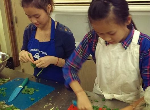 Youth cooking with Urban Roots, courtesy Urban Roots