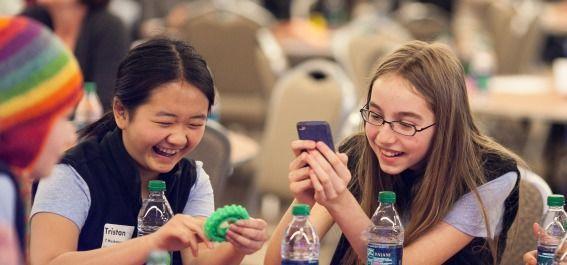 Innovation job news technovationmn mentors young female entrepreneurs fandeluxe Images